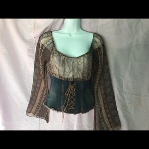 Tops - Conch waist bohemian blouse. 5 for $25